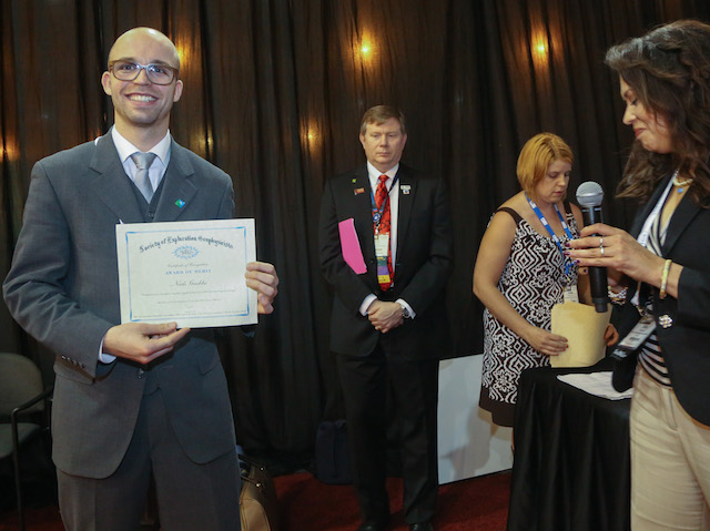 Niels Grobbe being awarded the 'Award of Merit for Best Student Paper' presented at the SEG 2014 Annual Meeting