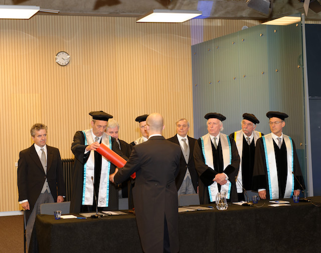 Niels Grobbe being awarded his doctoral degree